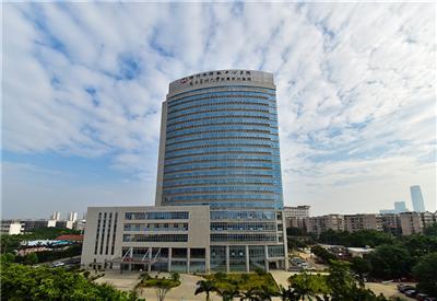鲁班奖:柳州市柳铁中心医院1#住院大楼